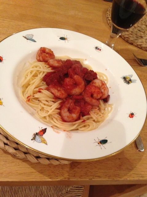 Cómo hacer la gamba Linguini Con Chorizo y Cabernet Tomate Receta