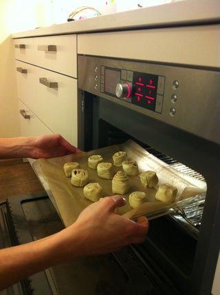 Chuck em en el horno (Seguí Can Dough momento de 8mins a 180C)