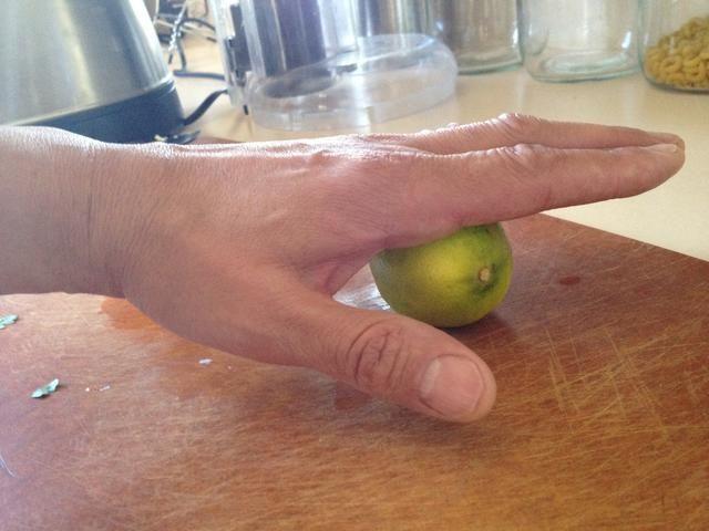 Pasa el limón para el potencial máximo jugo!