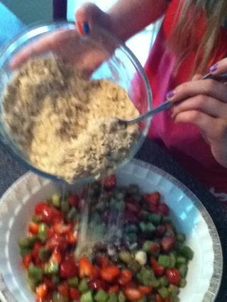 Añadir la mezcla en un recipiente 2 a la placa de la empanada