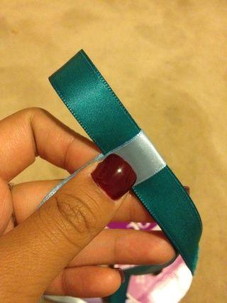 Apretar bucle # 2 de manera que es apretado y sin espacio entre las cintas