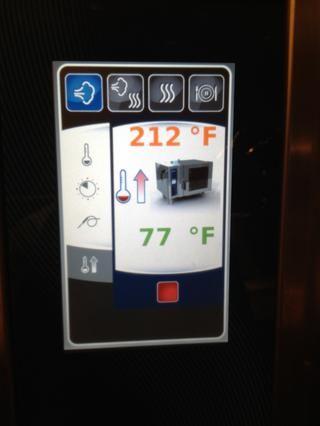 Mientras tanto precalentar el therm Combi a 212 ° F.