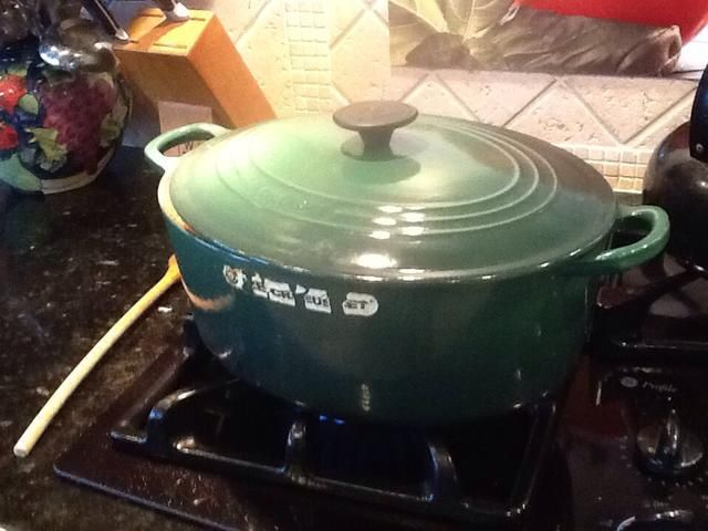 Una vez que se's brought to a small boil, turn heat down and simmer for at least 45 minutes.