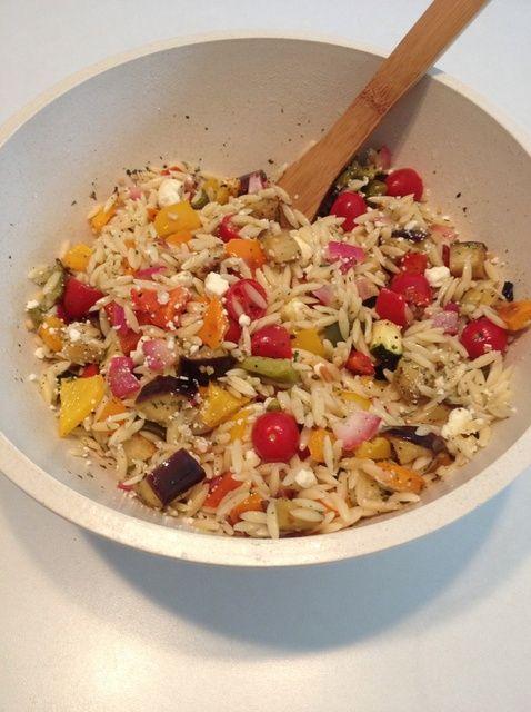 Cómo hacer asado de verduras Ensalada de Orzo Receta