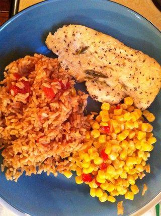 Cocine el pollo durante 20-25 minutos o hasta que el pollo ya no esté rosado.