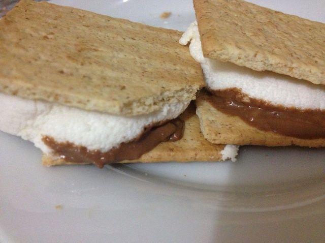 Cómo hacer S'mores (In the Microwave) Recipe