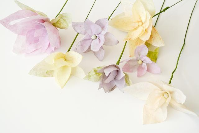 Variar los colores y tamaños para un ramo. Matcha = hojas verdes. Té del arándano = púrpura, Mango Fruit Punch = amarillo, ruibarbo de la fresa = rosa, canela Corazón = amarillento y Choconut Oolong = naranja pálido.