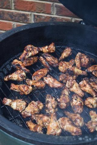Wings Grill en cada lado durante 10-15 minutos.
