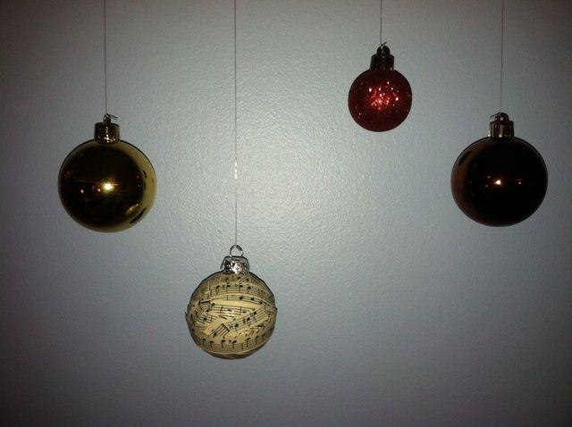 Cómo hacer Hoja de adornos de bolas de Navidad Música