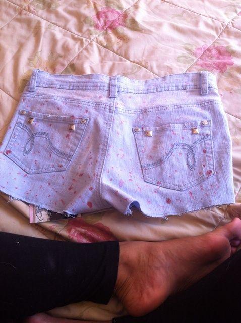 Cómo hacer cortos de los pantalones vaqueros