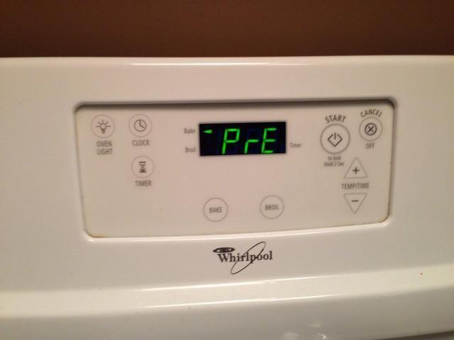 En este momento comenzará precalentar el horno a 375 grados.