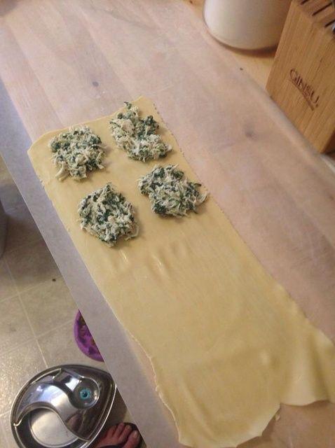 Cómo hacer Espinacas y Queso Ravioli Relleno Receta