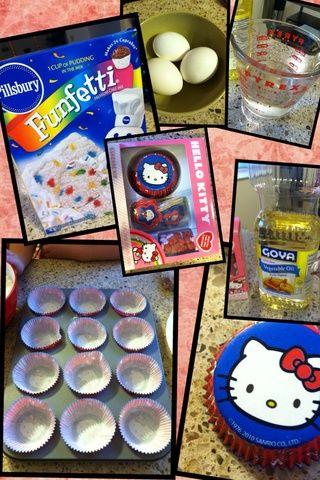 Como se puede ver la mezcla funfeti está aquí, el cuadro de tema gatito Hola, w / c incluye los revestimientos, dulces y palillos de dientes. Aquí está también la cacerola de la magdalena. Y 1/3 taza de aceite, 1 taza de agua y 3 huevos.