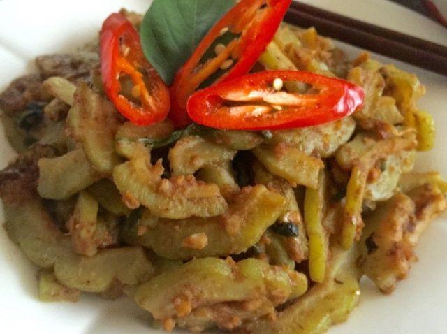 Cómo hacer salteados Salado chino huevo calabaza amarga (咸蛋 炒 苦瓜) Receta