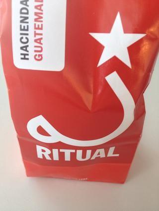 Recién moler unos deliciosos granos de café. Elegí ritual.