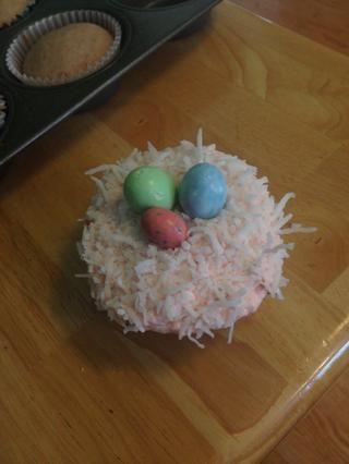 Y puso tres huevos en la cima!