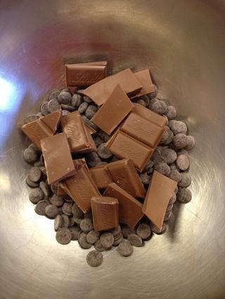 Escale su chocolate con leche