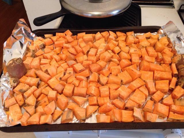 Esto es lo que se verá como después de 90 minutos, ahora voltear todas las piezas más para cocinar el otro lado.
