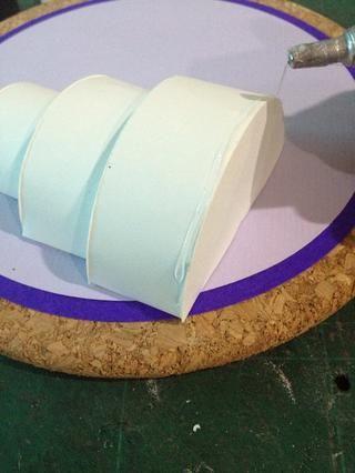 Ahora puede empezar a decorar el pastel. Tu decides :)