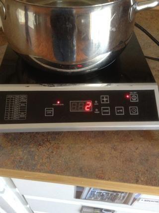 Reducir el quemador a fuego lento y cocine a fuego lento durante 20 minutos