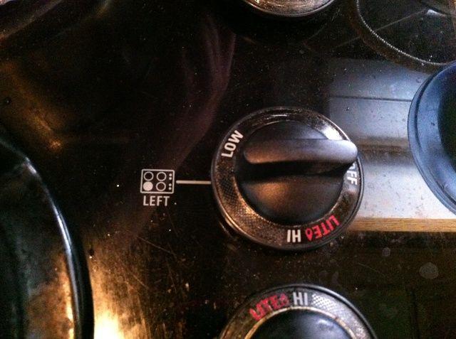 Traiga la estufa hasta algún lugar entre bajo y medio-bajo.