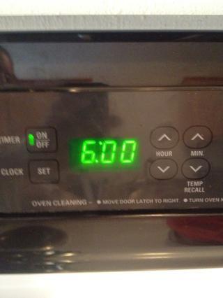 Establezca su temporizador. Si cocina con bajo, cocine durante 5-6 horas. (5 horas es lo que recomiendo. Hice seis y los solomillos simplemente caí parte. Todavía sabroso, aunque!) Si se cocina en alto, cocine por