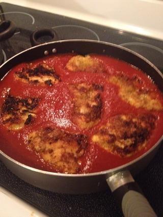 Escurrir pan & agregue la salsa, a continuación, colocar un solo archivo de pollo en salsa de vuelta ... Me encanta lo que hace la salsa al gusto del mmm pollo