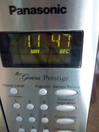 Después de un minuto se apaga el fuego y dejar cocer durante 12 minutos.