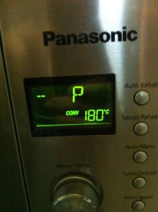 Precaliente el horno a 180 grados Celsius, Fahrenheit 350