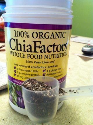 Cucharada de las semillas de chía orgánica (rico en Omega-3 EPA)