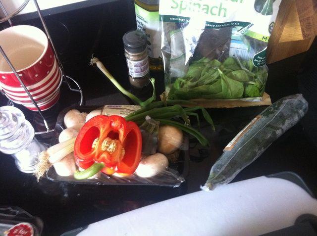 Sea cual sea verduras que usted tiene en la nevera, las cebolletas / cebolletas son grandes.