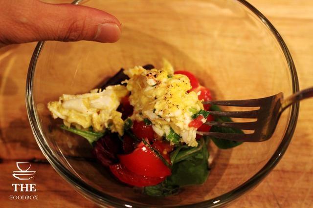 foodbox.tv instagram.com/thefoodbox twitter.com/foodboxtv tumblr.com/foodboxtv pinterest.com/thefoodbox