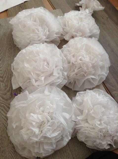 Cómo hacer flores de papel de tejido