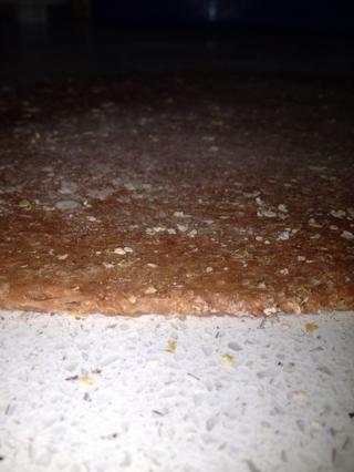 Estirar la masa hasta alrededor de .5 mm / 1/4