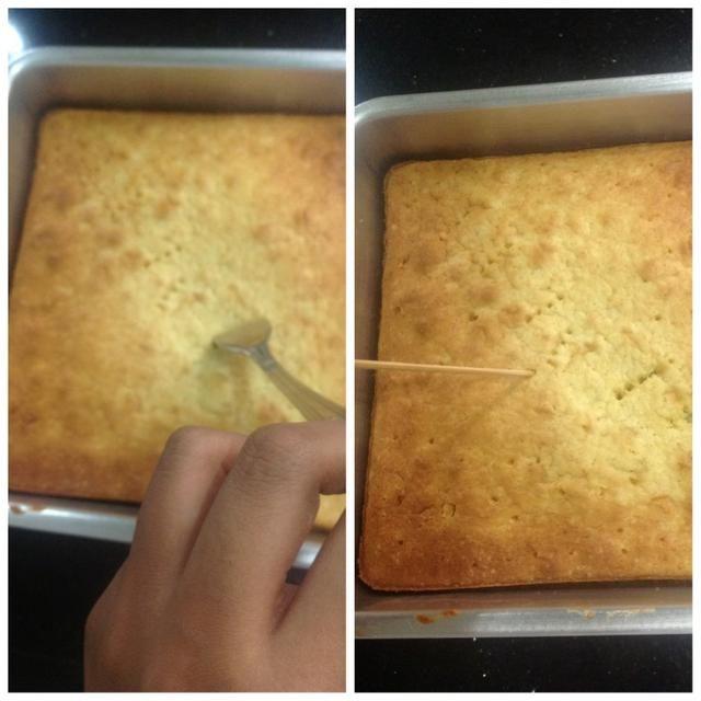 Entonces, es necesario pinchar el pastel, ya sea con un tenedor o un palillo.