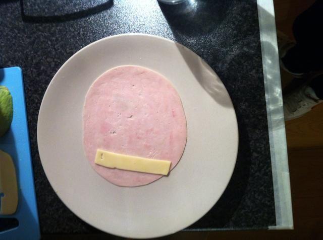 Añadir una rebanada de queso.