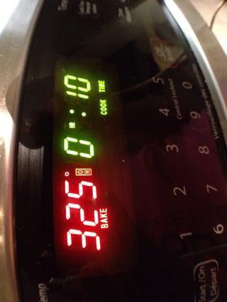 Estallar en un horno calentado a 325F durante unos 10-15 minutos.