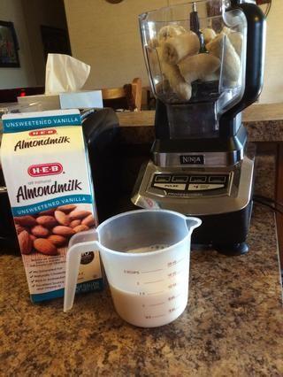 Use leche a base de plantas sin azúcar