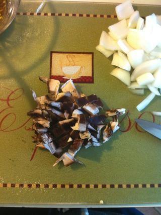 1-2 setas portobello y algunos hongos blancos
