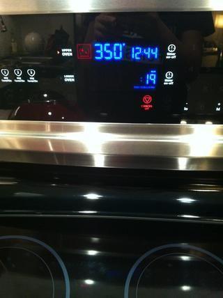 Precaliente el horno a 350 F