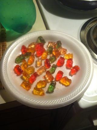 Deja en el tarro de dos y cinco días y que resultan de esta manera! (Tomé el mío y los puse en el congelador durante unos minutos para deshacerse del gooiness.)