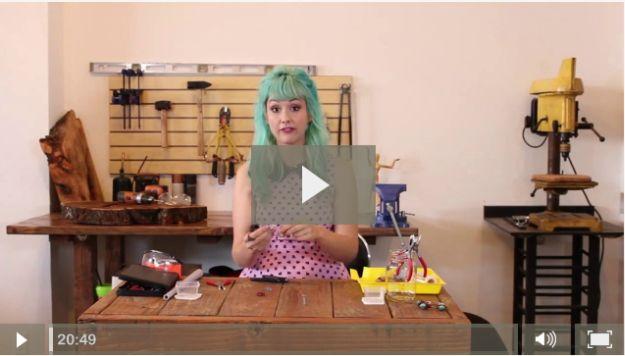 Alambre de cobre de envolver Consejos y trucos | Tutoriales de bricolaje para hacer la joyería del alambre por DiyReady http://artesaniasdebricolaje.ru/how-to-make-wire-jewelry-wire-wrapping-tutorials