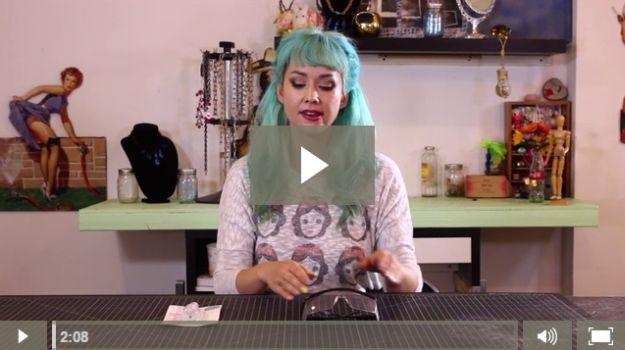 Fácil Tutorial envoltura de alambre | Vídeos joyería hecha a mano de bricolaje por DiyReady en http://artesaniasdebricolaje.ru/how-to-make-wire-jewelry-wire-wrapping-tutorials