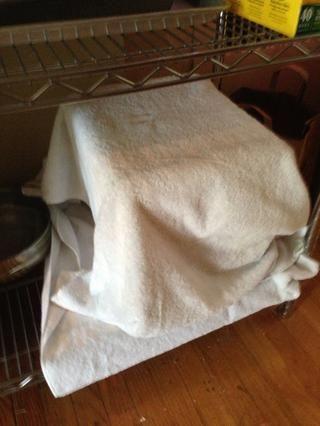 Cubro todo con toallas para mantener el calor.