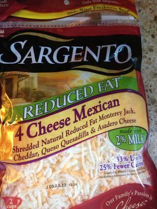 Añadir media taza de queso mexicano por una pizza más cursi