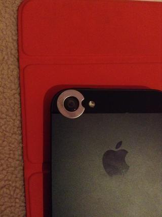 Cuando sus Objetivos, llegan ellos vendrán con una serie de anillos magnéticos para las cargas de los diferentes teléfonos inteligentes, el uno para el iPhone 5 tiene un pequeño corte a cabo para el nuevo micrófono en la parte posterior así que elige sabiamente