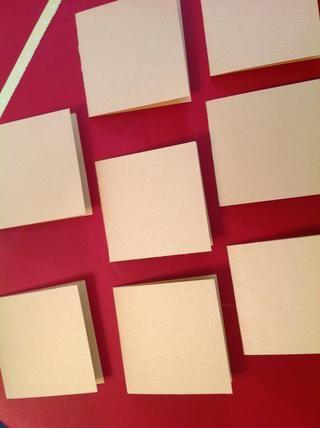 Diseñar un conjunto de bases de cartas. Tengo espacio para 8 en mi pequeña bandeja de TV.