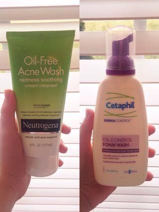 Mi primer consejo es derrochar en un limpiador de buena calidad que se adapte a su piel. Realmente recomiendo Neutrogena y Cetaphil, mi piel se puso tan mucho más clara después de usar estos productos de limpieza. También sugiero ...