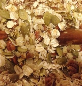 Añadir el aceite y jarabe de agave.