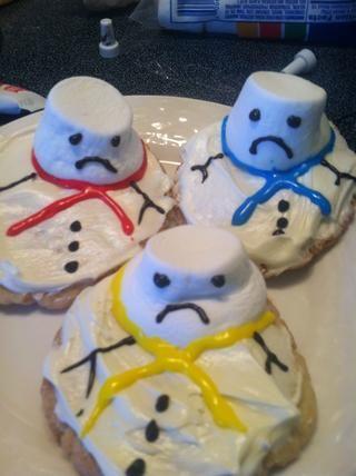 Servir a sus muñecos tristes en un plato y disfrutar!